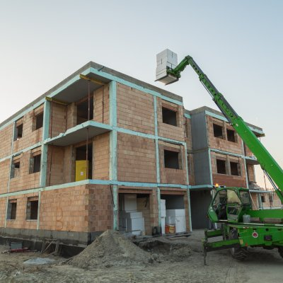Új építésű lakások